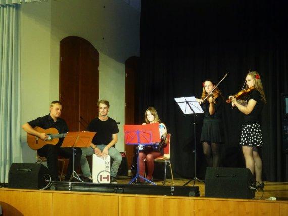 Benefit-Concert_Chalijastre